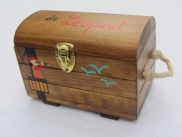 jouet bois coffre aux tr sors personnalis abracadabois fabrication artisanale et. Black Bedroom Furniture Sets. Home Design Ideas