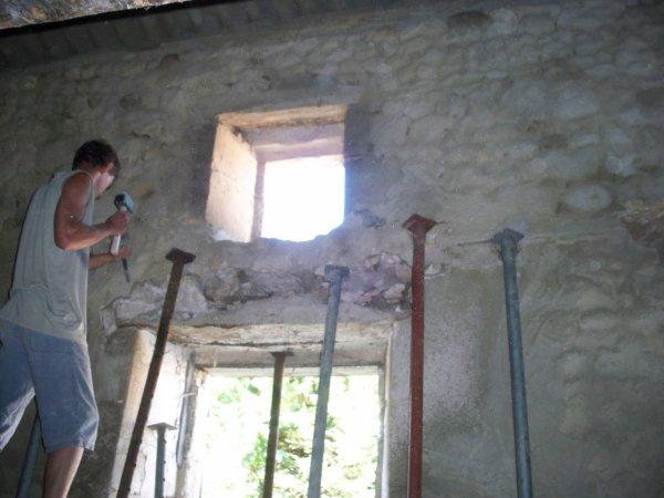 Hier changement d 39 un linteau de fen tre blog de renov for Remplacer joint fenetre bois